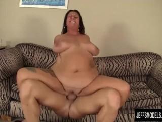 Mature plumper Lauren Fun taking a fat dick