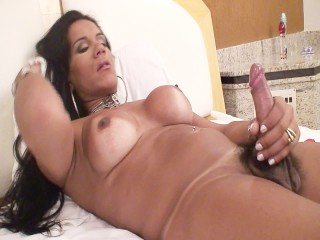 1283 Aline Needs You To See - Scene 1