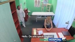 FakeHospital - Fighetta stretta fa venire il dottore due volte