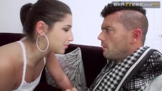Preview 2 of Una Relación de Amor, Odio y Sexo - Brazzers