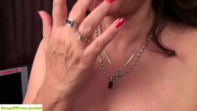Mature women with hairy bush - Hairy wife gianna jones masturbates on desk