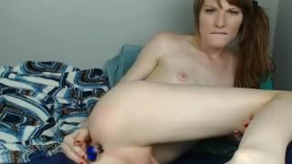 lesbian fucking with tgirl.
