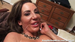 Young Guy Goes Balls Deep in His Own Step-Mom! Dad step