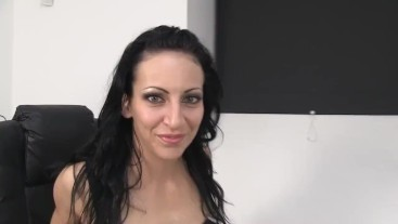 Recording sex without condom with a czech prostitute