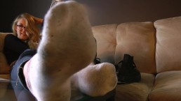 Presley's Feet in Your Face - DreamgirlsClips.com