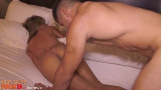 Blonde fit dumb guy straight drilled by gets natural hardcore