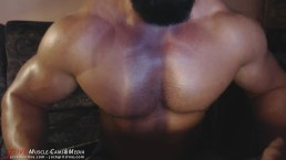 Squeezing pecs,quads and ass ! You will love it !