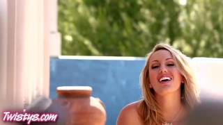 Twistys Hot blondes rub their pussies