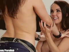 Girlsway Stepmom Tribs with her 2 Daughters