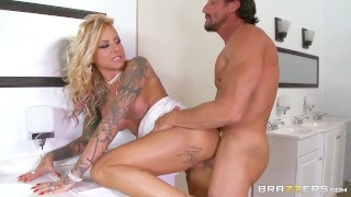 Britney Shannon get double stuffed by security Brazzers