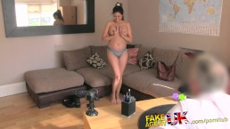 FakeAgentUK Lady wants to do E