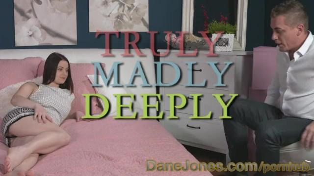 Danica Collins Sex oralny