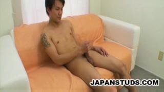 Akira Hirose: Charming Japanese Twink Masturbating