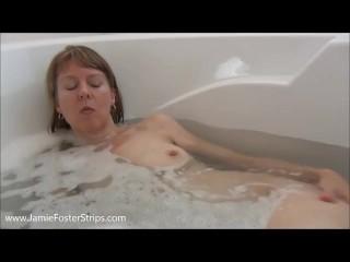 Bathtub Pussy Shot