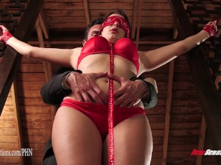 Sanny lion com valentina nappi tied up and used