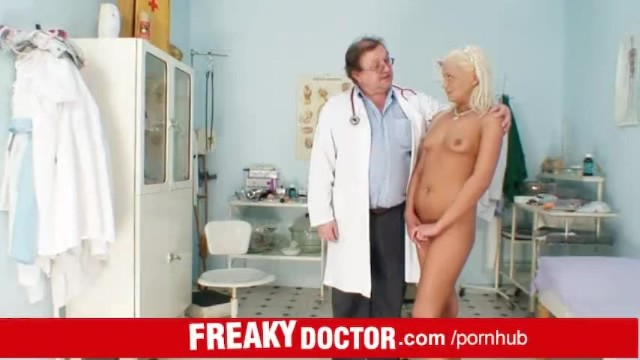 Anal gyn exam - Eliss fire an exam at unlicensed senior doctor