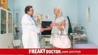 Eliss Fire an exam at unlicensed senior doctor porno