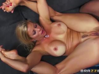 Dirty mild Alexis Fawx loves cock - Brazzers