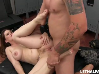 Pollinic Girls Attack Hot Stepmom Gets Creampied