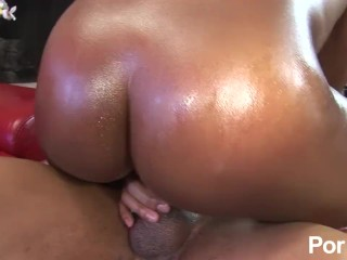 Pretty busty brown skinned ebony booty