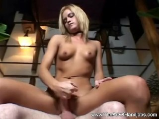 A Handjob for a Hot Babe