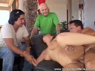 Big And Fat Real House Wife Porn Fucking, Chubby Wife Tries anal Sex From a Stranger Big ass Hardcor
