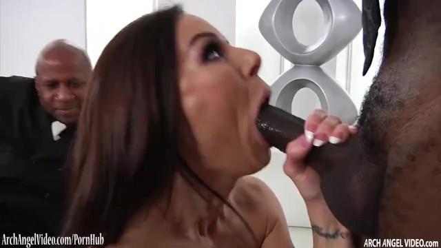 Kendra Lust Fucks Johnny Sins
