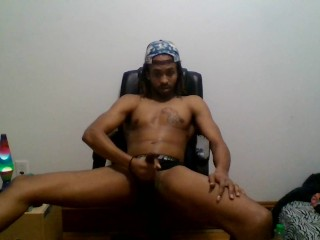 Free Porn… Watch Teen With Sports Cap Show Off Athletic Body And Wank!!!