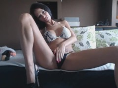 MiaMaxxx fucking herself, for You