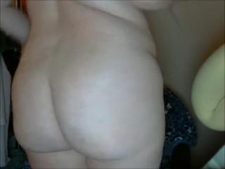 Geeky Chubby Girl Camel Toe Ass Grab