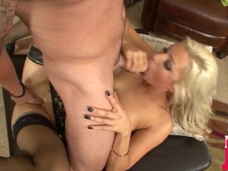 Cute Little Blonde Cameron Dee Gets A Sticky Facial