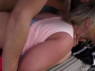 Wife Fucking Stranger at Park