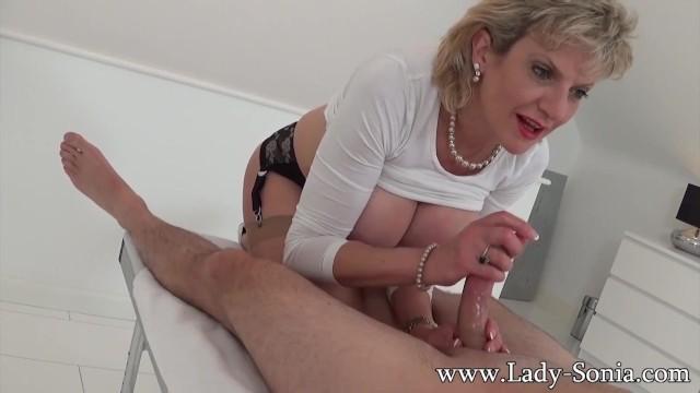 Milf Lady Sonia Gives Hot Handjob On Massage Table -8919