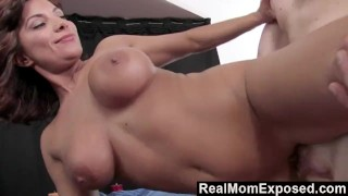 RealMomExposed Experienced Masseuse Can't Resist a Young Cock