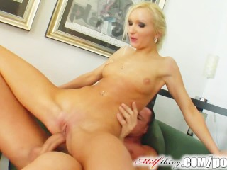 Wild Nude Girls Naked Women Milf Thing Milf Angelina Has A New Beauty Routine With Cum Facials,