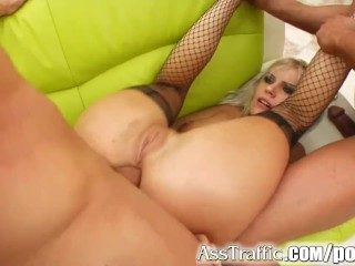 Ass Traffic Beatrix's ass is rocked by two guys with two cum loads