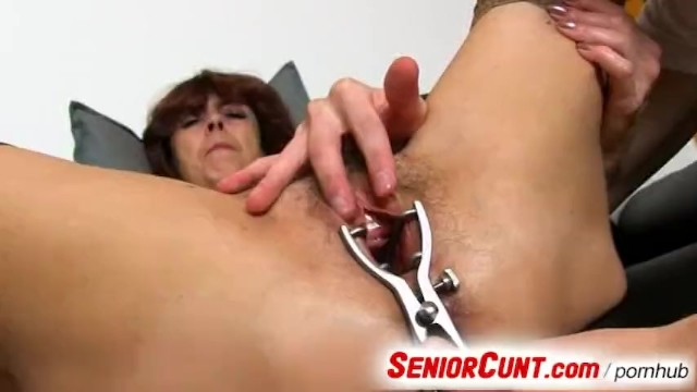 Hairy gapping cunt pics - Very old hairy vagina of gradma lada on close-ups