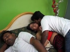 Sexy Indian Boy Romance Indian Beautiful Housewife Affair Sex Video
