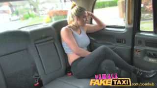 FemaleFakeTaxi Finger-fucking a fit bird Bj latin