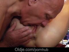 Hot Creampie Video