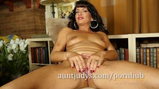 Gabrielle Lane is Excited to Pose for Aunt Judy's