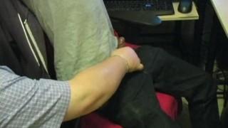 First contact max daddy handjob