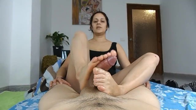 I made my wife wear nylons and give footjob Auntie giving a footjob