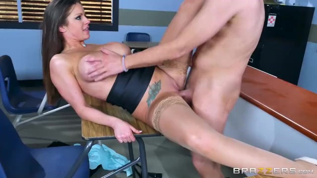 Sexy mil f Sexy milf brooklyn chase teaches her student - brazzers