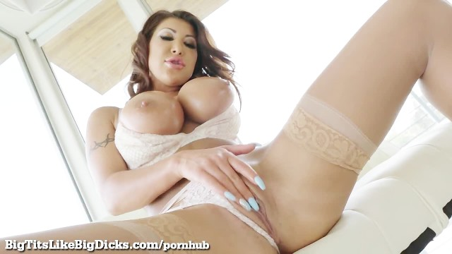 Babe gorgeous in pic porn silky star stocking Pure big titty heaven with gorgeous august taylor