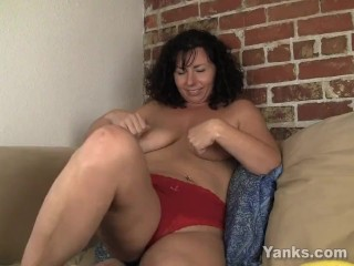 Preview 2 of Sexy Lynn Fucking A Vegetable