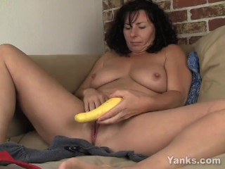 Preview 3 of Sexy Lynn Fucking A Vegetable