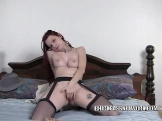 Redhead wife Kajira is masturbating in a selfshot clip