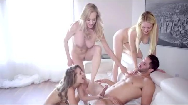 Three Girls On One Guy - Pornhubcom-2951
