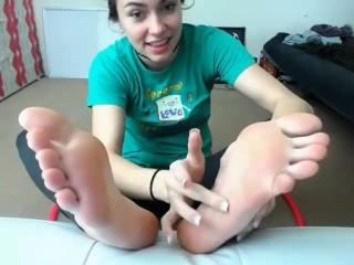 Webcam Amateur Feet - Chroniclove Foot Show